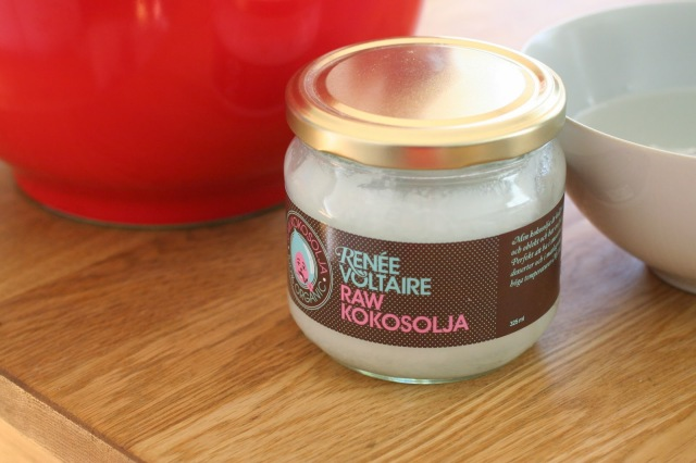 renée voltaire, raw kokosolja, raw coconut oil
